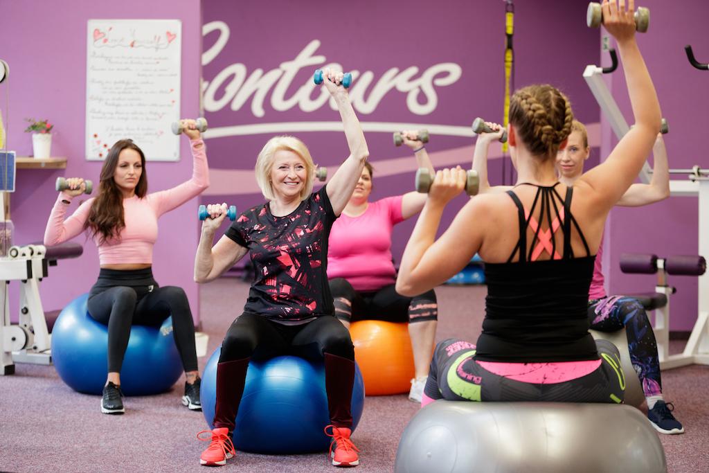 Rychlé hubnutí s Contours - krátký intenzivní trénink